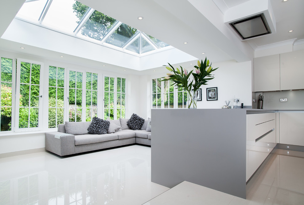 Atlas Roofing for Contemporary Spaces with Conservatory