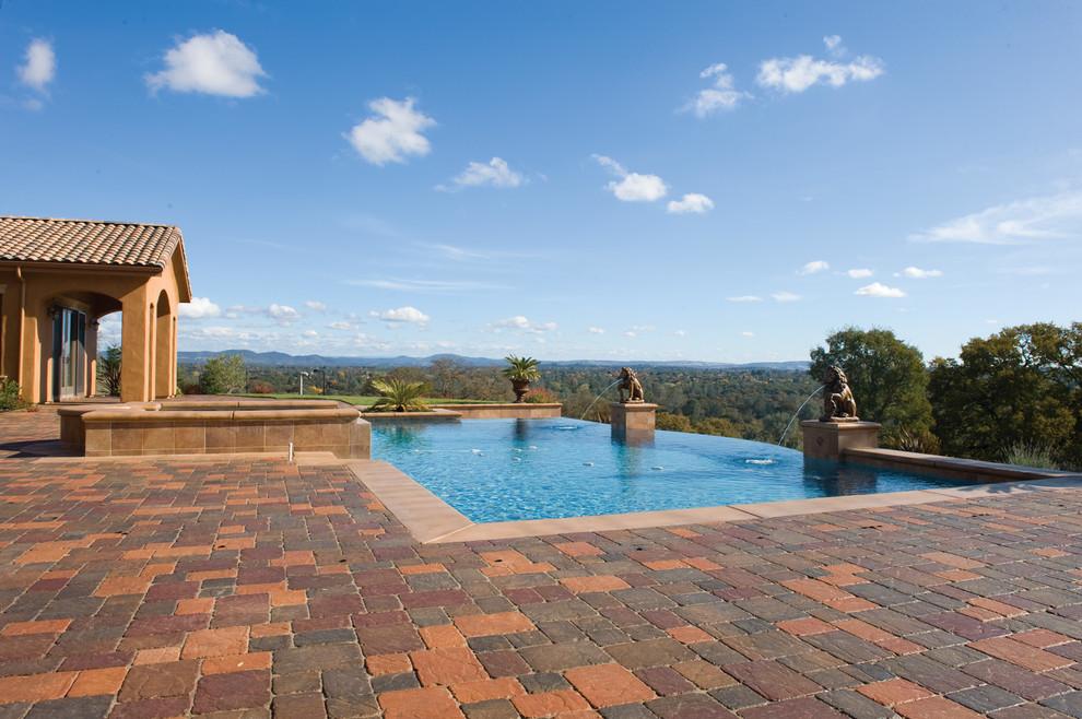Basalite for Traditional Pool with Pool Pavers
