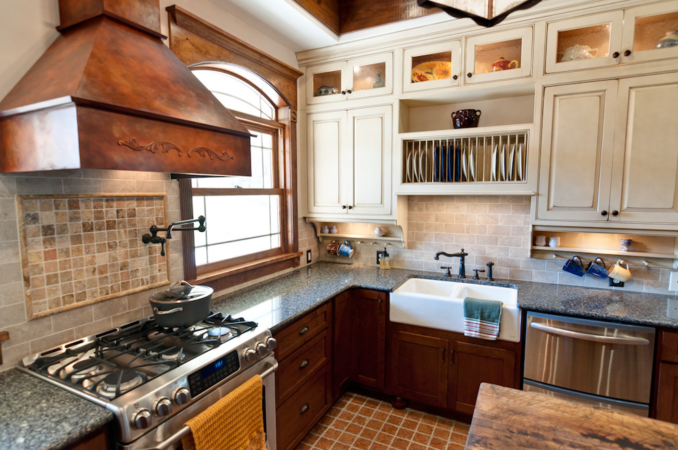 Conestoga Cabinets for Traditional Kitchen with Apron Sink