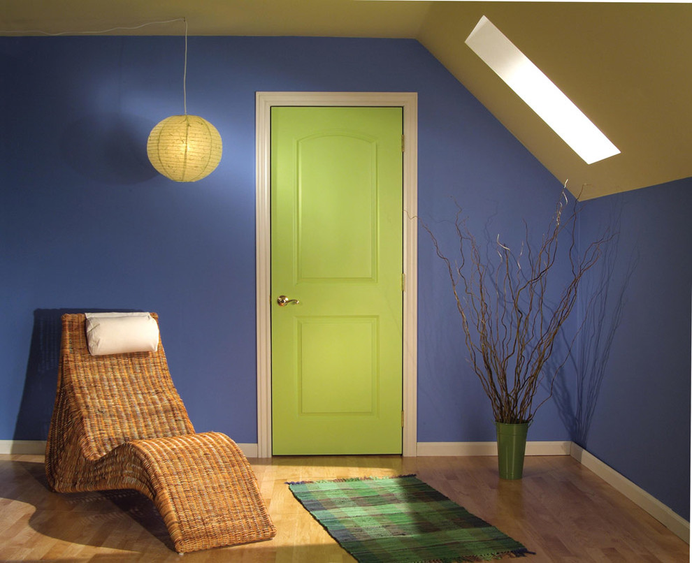 Craftmaster Doors for Contemporary Spaces with Closet Doors