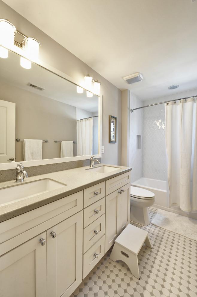Daltile Keystones for Traditional Bathroom with Monochromatic