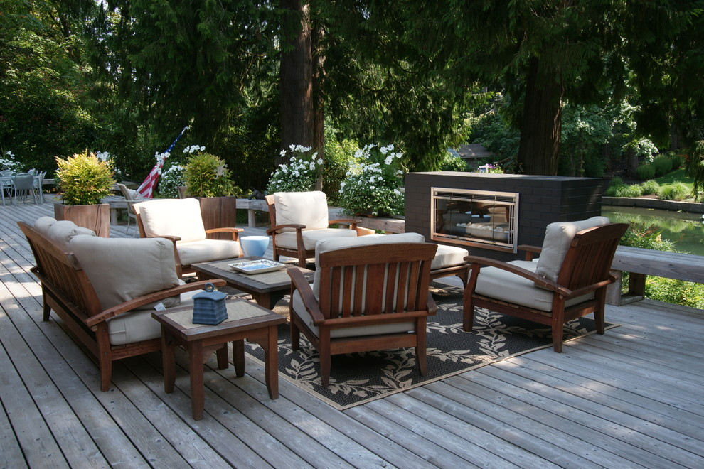 Dania Furniture Portland for Modern Deck with Outdoor Rug