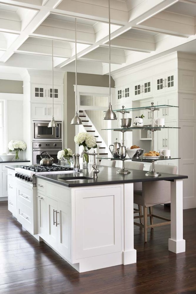 Eggshell vs Satin for Traditional Kitchen with Kitchen Island