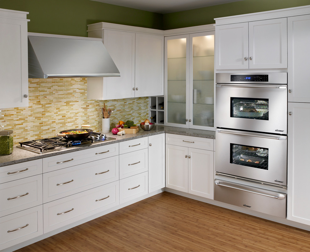 Florida Builder Appliances for Traditional Kitchen with Dacor Wall Ovens