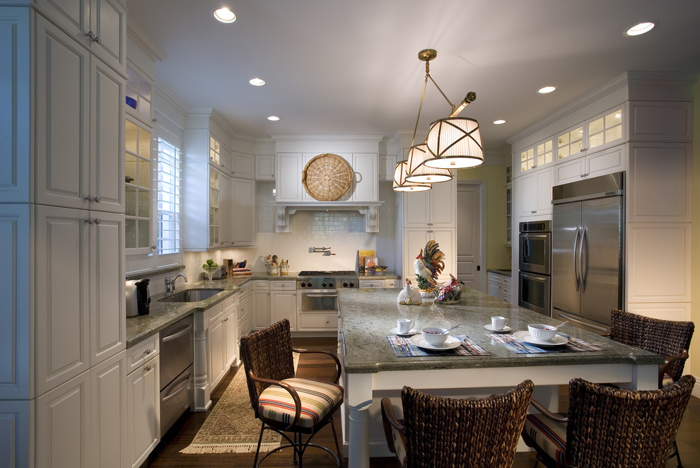 Florida Etr for Traditional Kitchen with Beachy