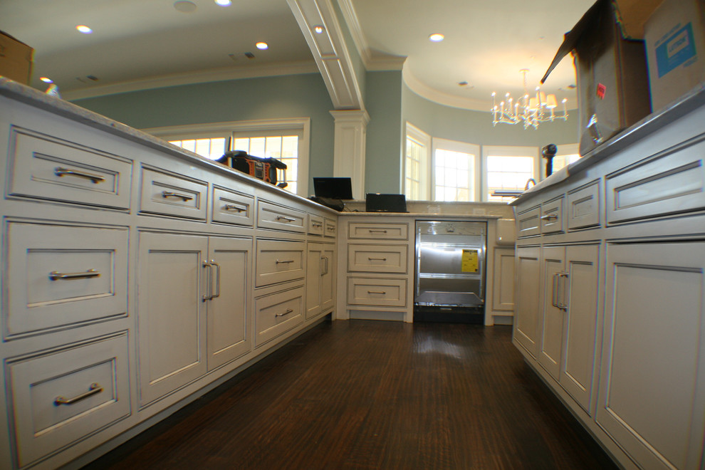 Horizon Retail Construction for Craftsman Kitchen with Grand Bathrooms
