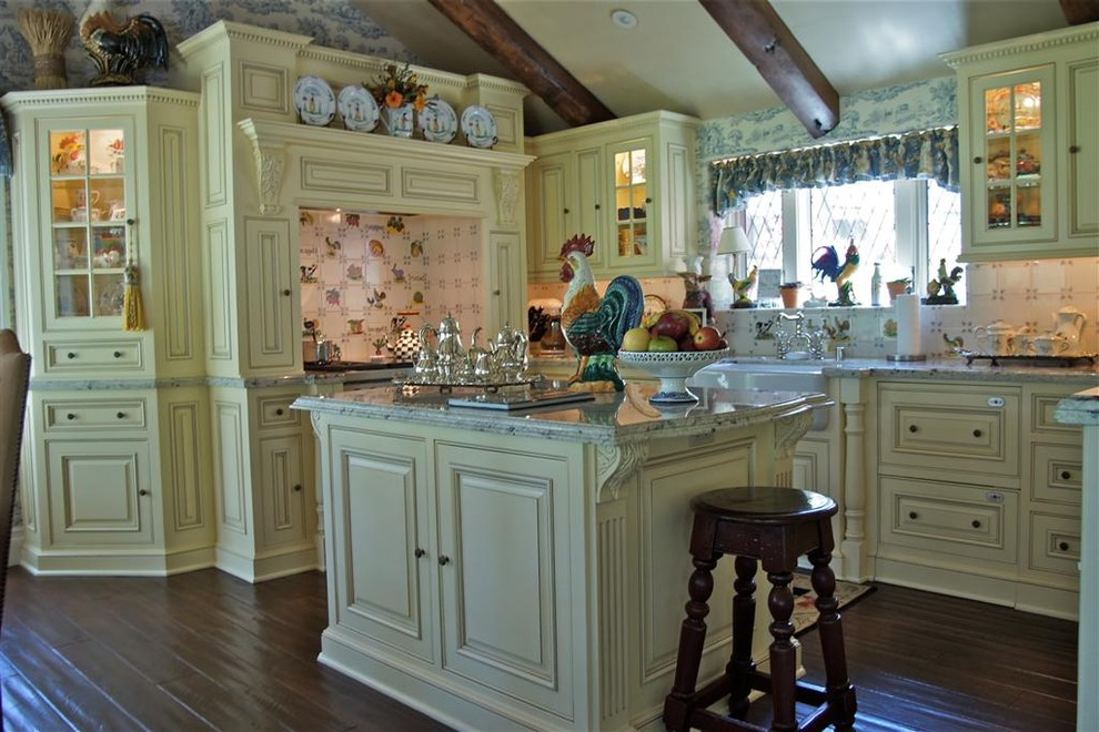 Inset Cabinets for Traditional Kitchen with Yellow
