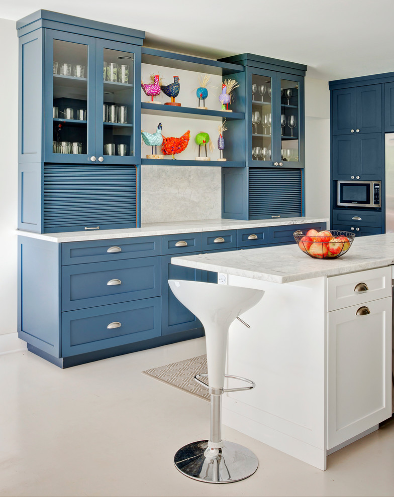 Lakeside Appliance for Traditional Kitchen with Open Shelf