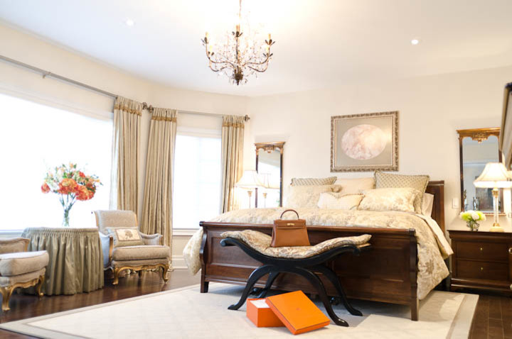 Lumar for Traditional Bedroom with Silk