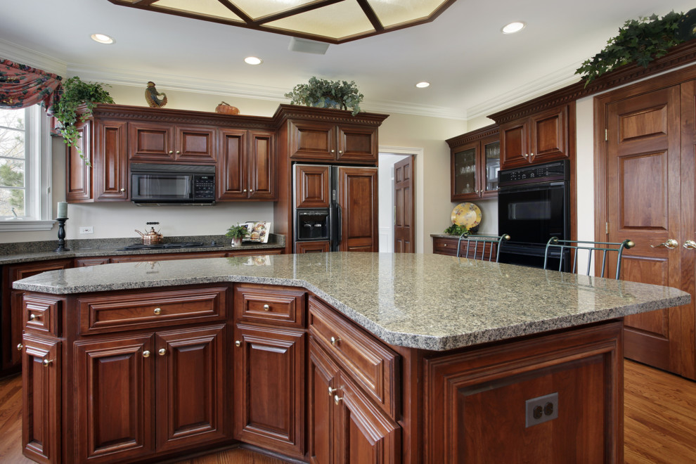 Luna Pearl Granite for Traditional Kitchen with Countertop