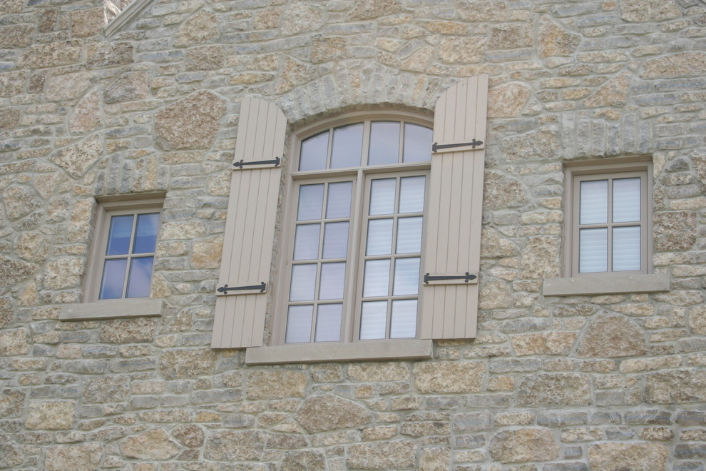 Masons Supply for Traditional Exterior with Natural Stone