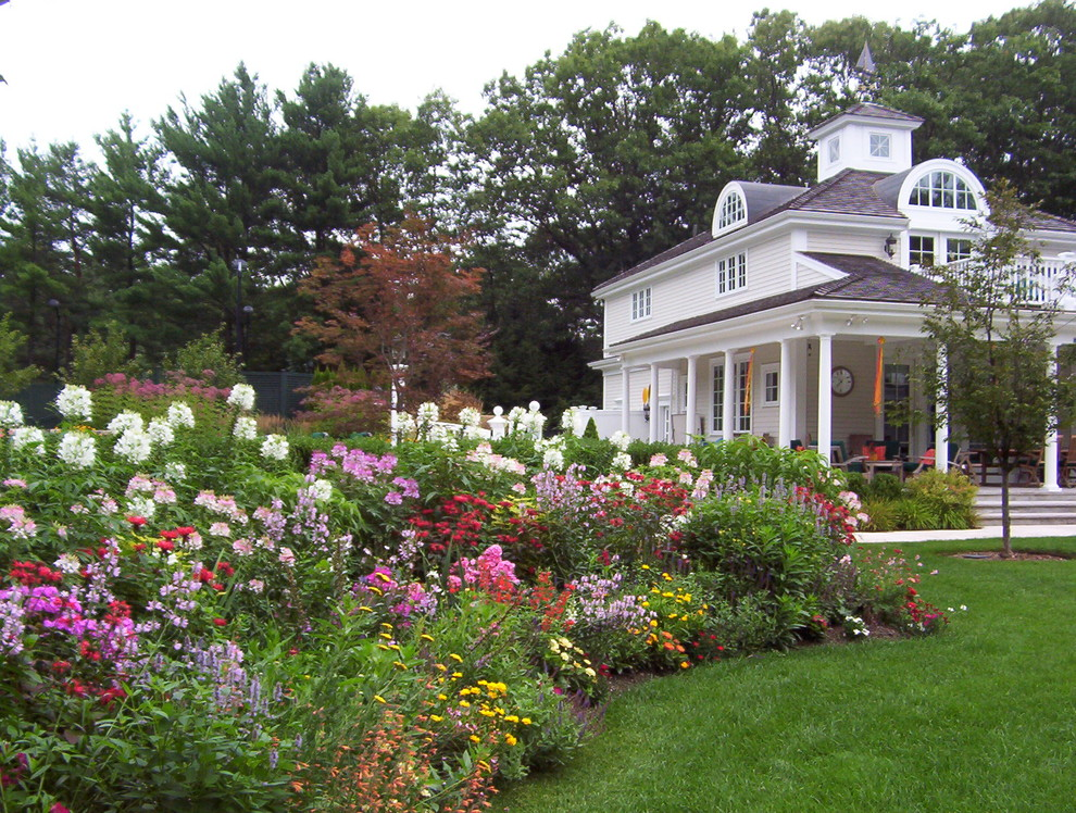 Natureworks for Traditional Landscape with Arched Window