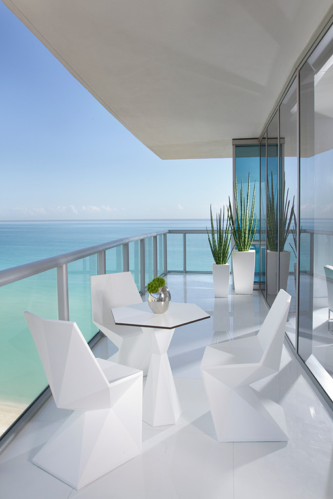 Paramount Bay Miami for Contemporary Porch with Diamond