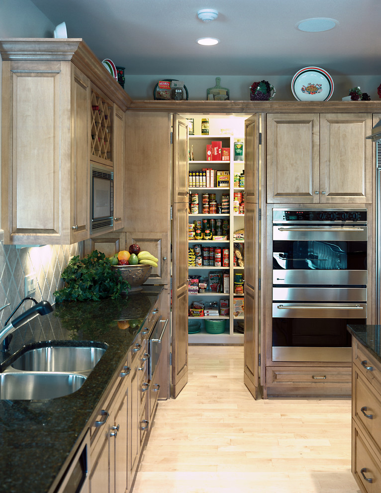Pearle Vision Omaha for Traditional Kitchen with Walk in Pantry