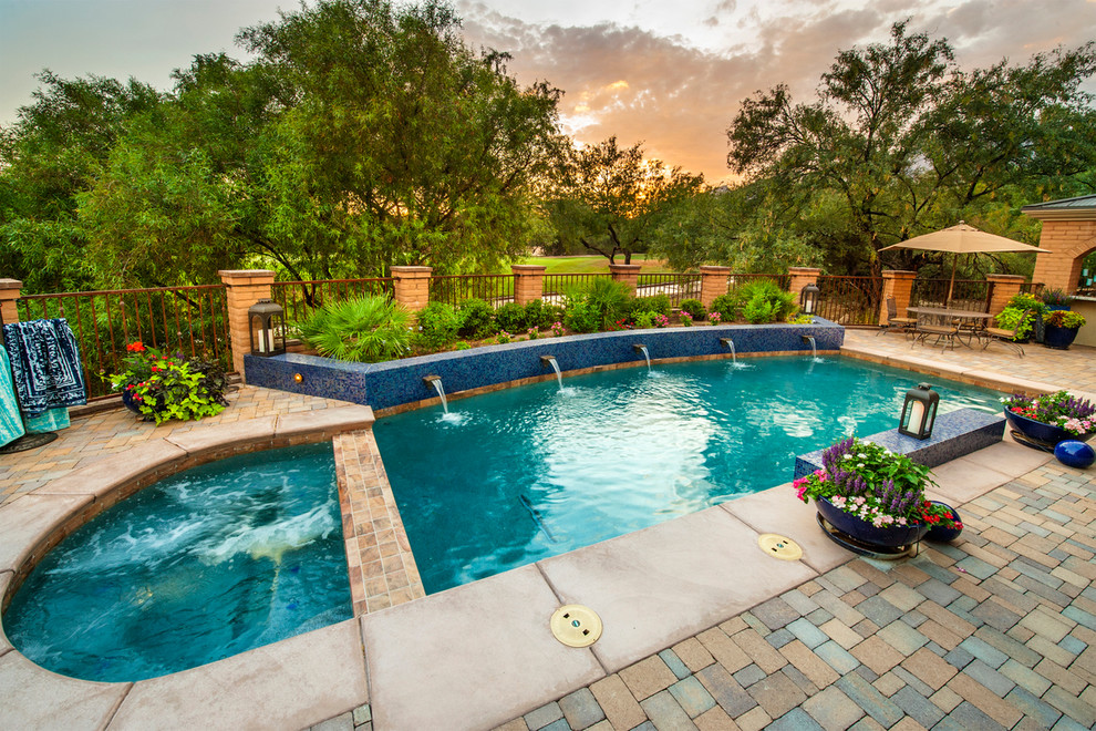 Pebble Sheen for Traditional Pool with Brick Pillar