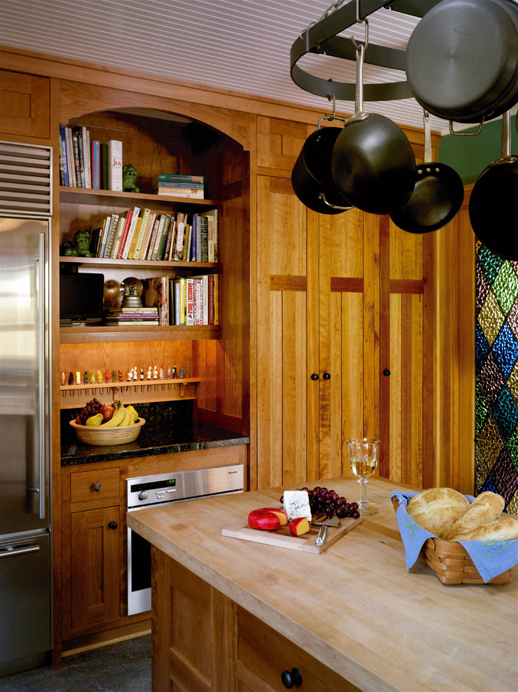 Regal Magnolia for Rustic Kitchen with Stainless Steel Appliances