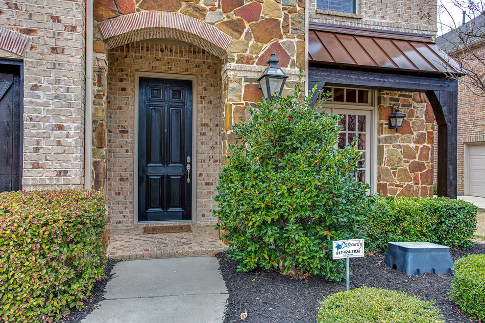Sloan Realty for Traditional Entry with Argyle