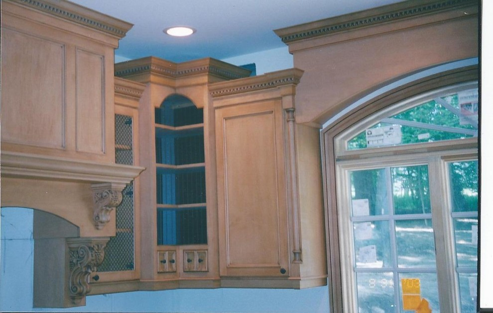 Tewksbury Nj for Traditional Kitchen with Maple Raised Panels