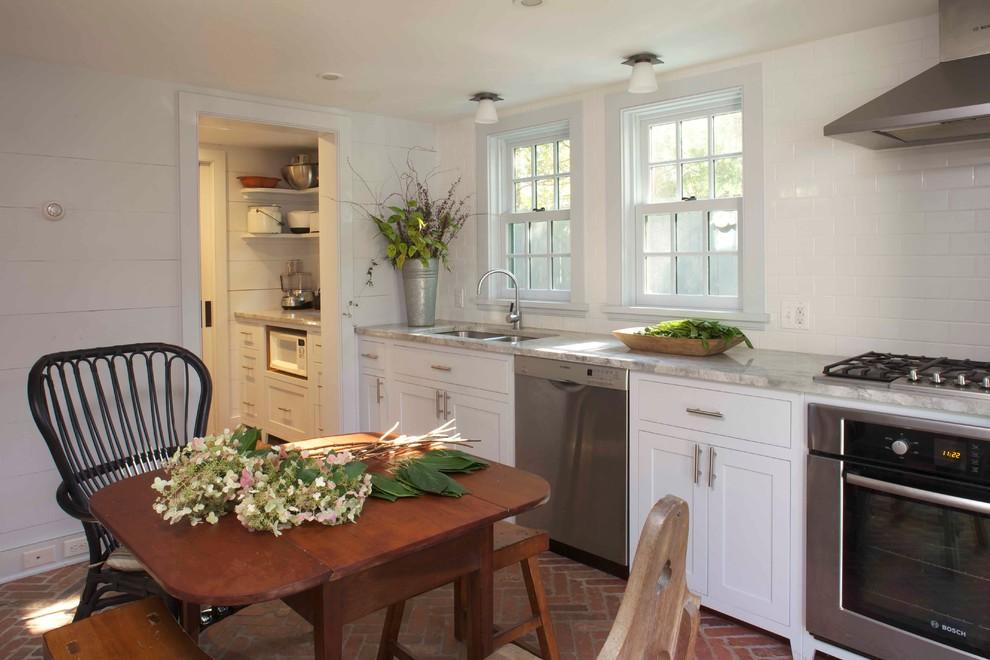 Tivoli Bowl for Farmhouse Kitchen with Brick Floor