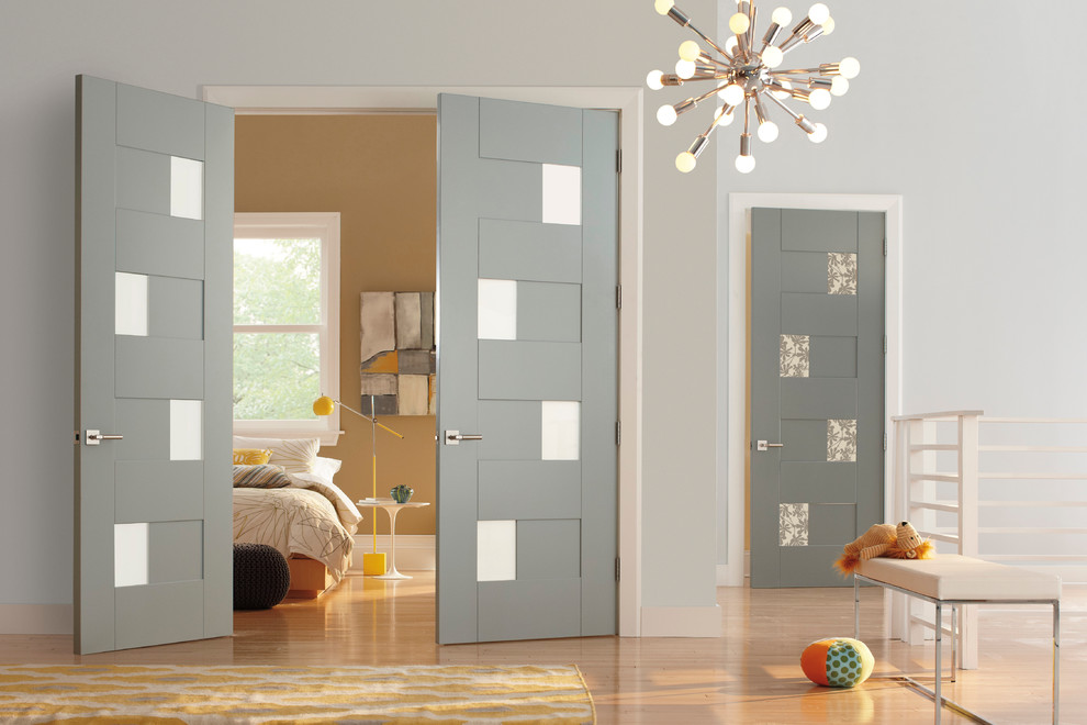 Trustile Doors for Modern Bedroom with Wood Door