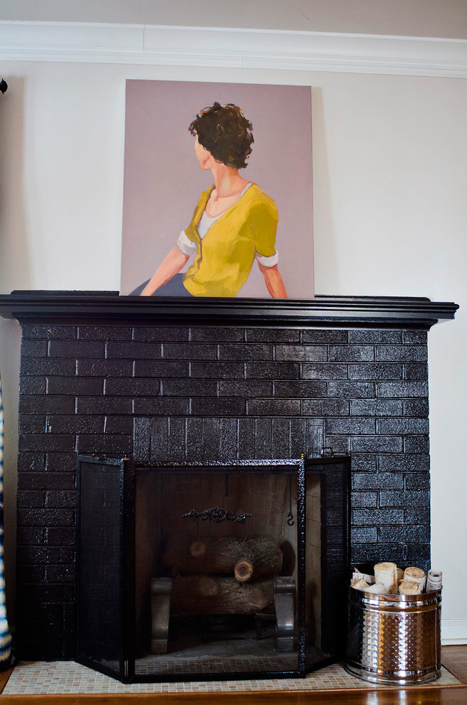 Valspar Virtual Painter for Eclectic Living Room with Crown Molding