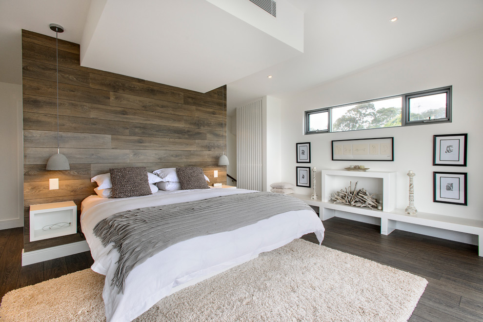 Vinyl vs Laminate for Contemporary Bedroom with Recycled Timber
