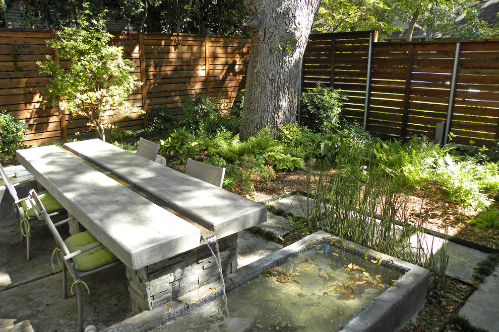 Water Gardens Pleasant Grove for Modern Patio with Outdoor Dining