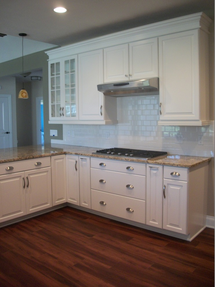 Waypoint Cabinets for Traditional Kitchen with Satin Finish Hardware