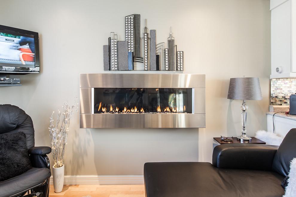 Web Reg for Contemporary Living Room with Contemporary
