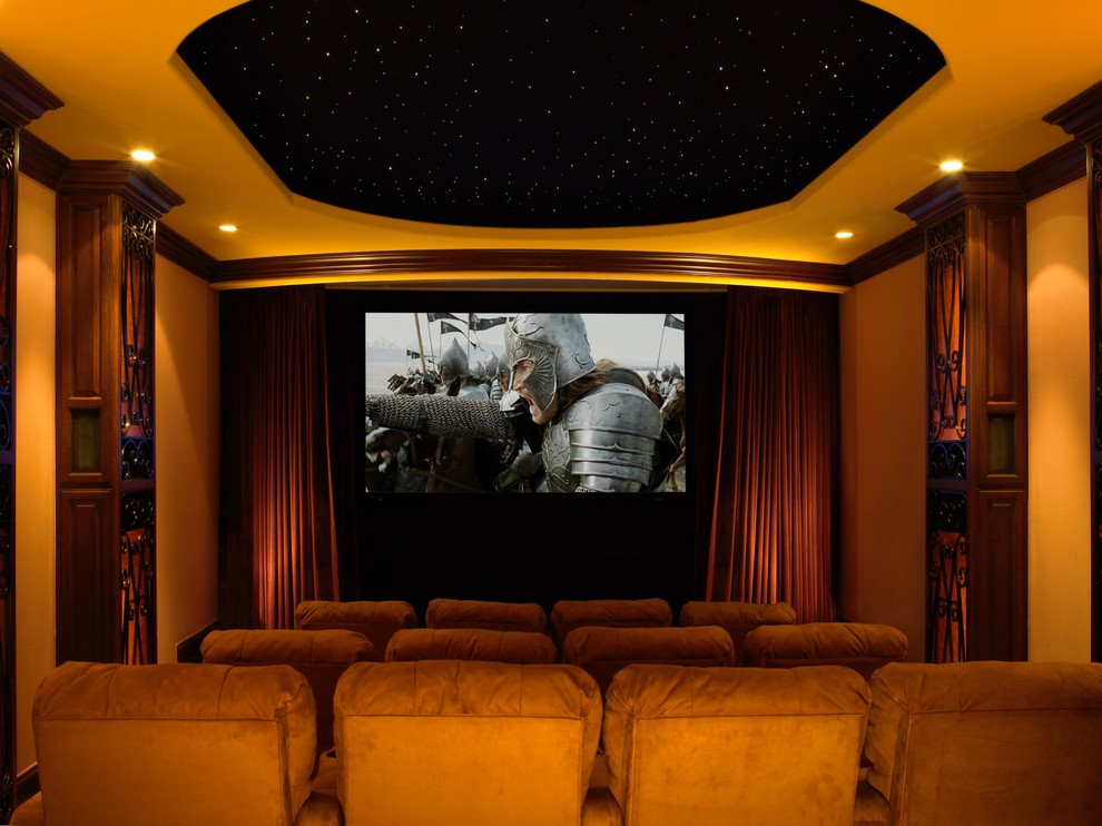 Winnetka Movie Theater for Traditional Home Theater with Projector Screen