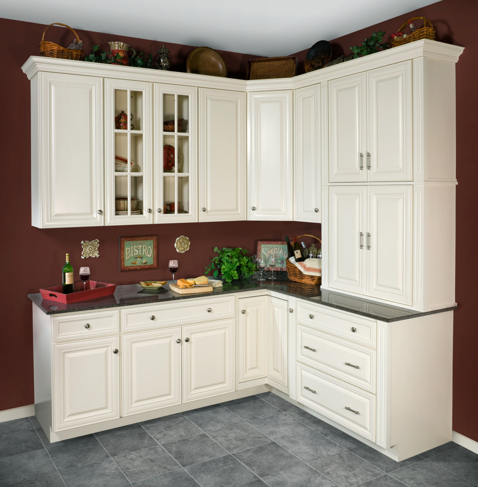 Wolf Classic Cabinets for Traditional Kitchen with Traditional Kitchen