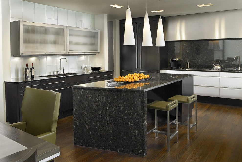 2700k Light for Contemporary Kitchen with Translucent Doors