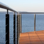 Ags Stainless for Modern Deck with Stainless Steel Rails