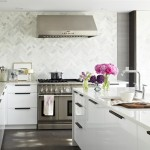 Akurum for Contemporary Kitchen with Wall Mounted Hood