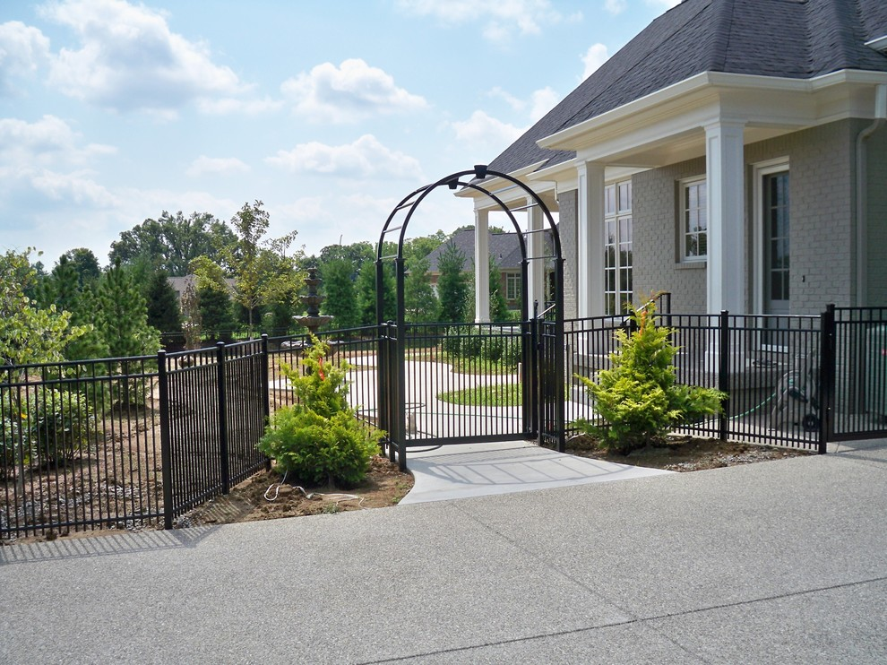 Alumi Guard for Traditional Landscape with Royale