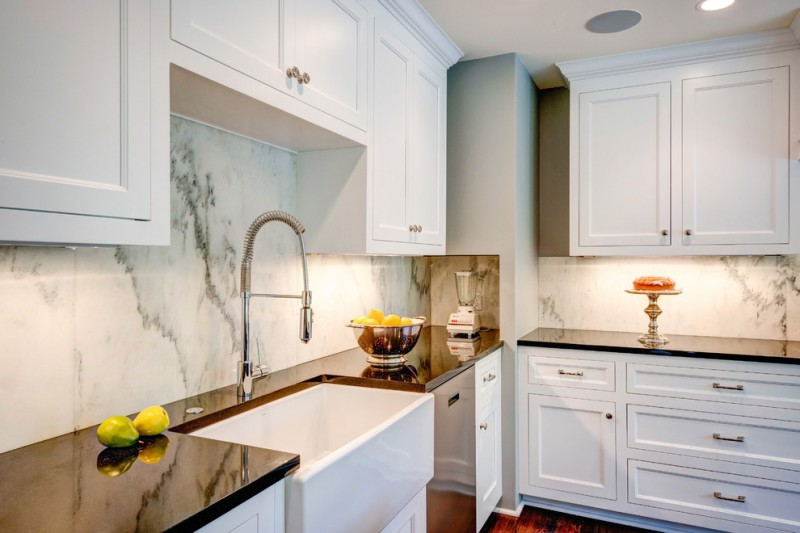 Archbold Furniture for Traditional Kitchen with Farm Sink