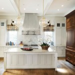 Atlanta Homes and Lifestyles for Traditional Kitchen with Levantina