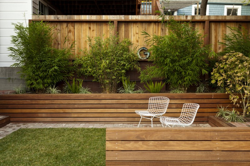 Bamboo vs Hardwood for Modern Landscape with Wood Fence