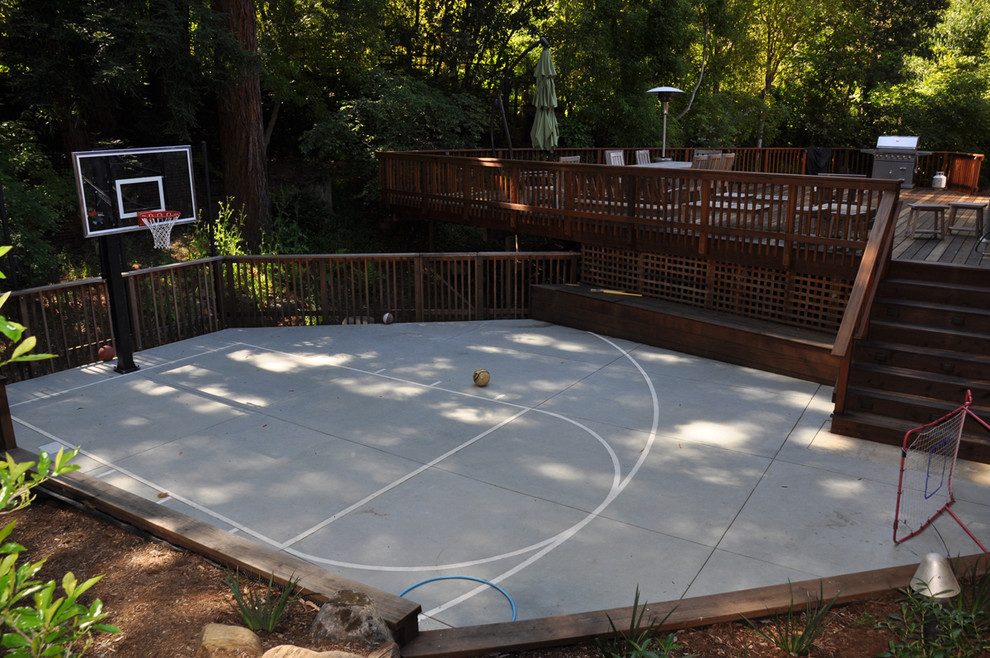 Basketball Court Layout for Traditional Landscape with Deck