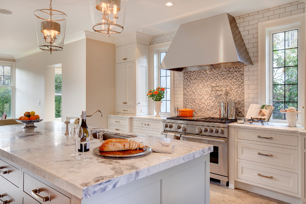 Berenson Hardware for Traditional Kitchen with Dura Supreme