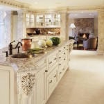 Bianco Antico Granite for Traditional Kitchen with Glass Front Cabinets