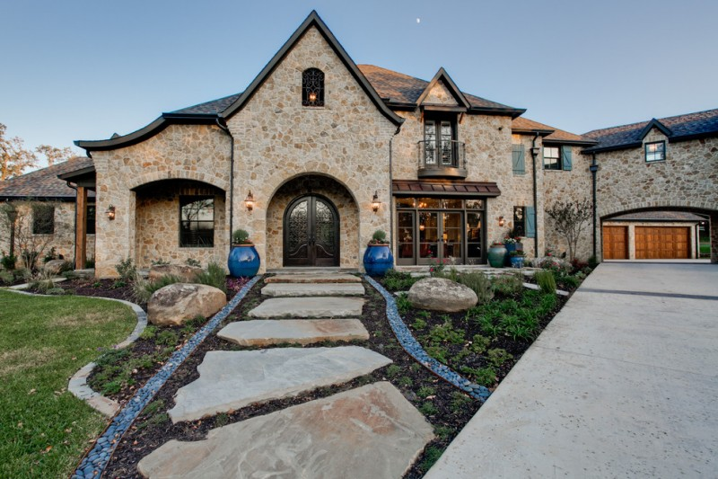 Boulders Golf for Traditional Exterior with Plants