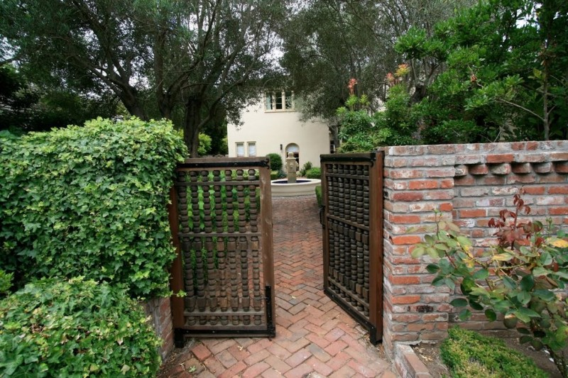 Brick Paver Patterns for Mediterranean Entry with Courtyard