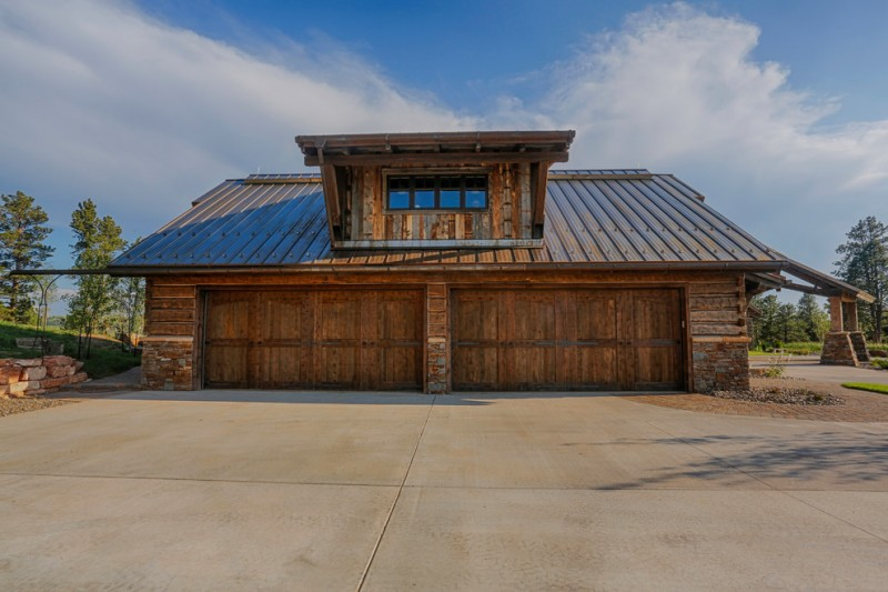 Bridger Steel for Rustic Shed with Windows