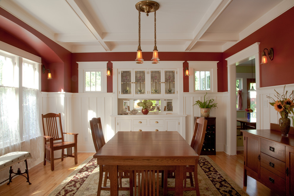 Bufftech for Craftsman Dining Room with Period Lighting