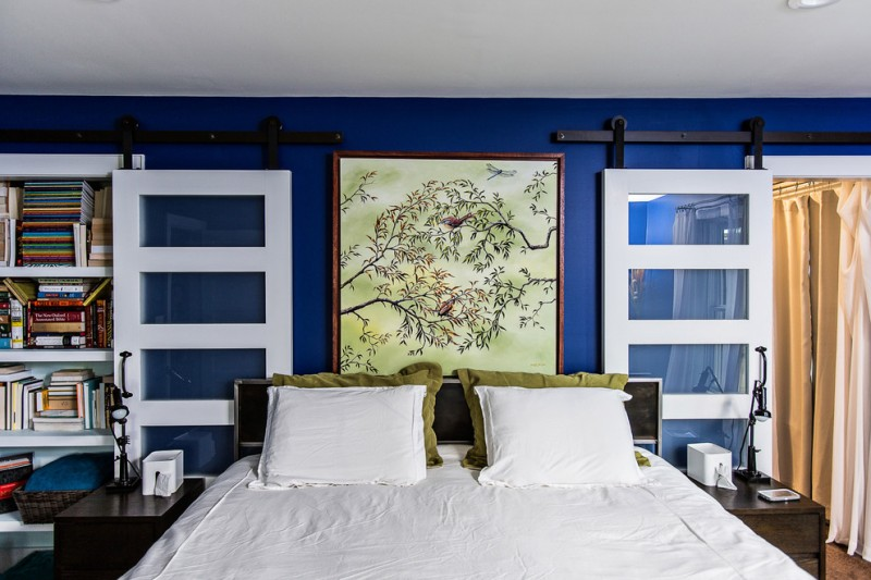Cardi Furniture for Contemporary Bedroom with Royal Blue Walls