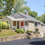 Certain Teed for Traditional Exterior with Vinyl Siding