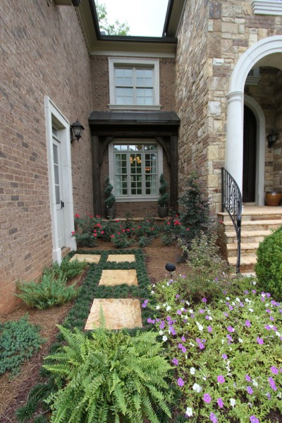 Cherokee Brick for Traditional Landscape with White Arch