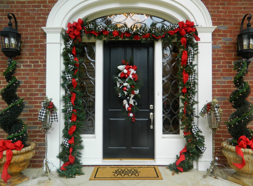 Christmas Pictures Ideas for Traditional Entry with Welcome Mat