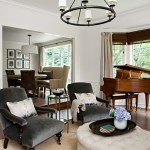 Classical Kusc for Traditional Living Room with Chair Rail